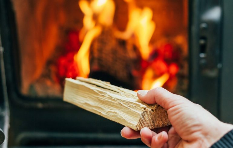 How to light a fire with kiln dried logs